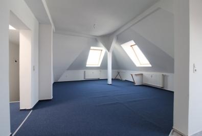WG-taugliche Dachgeschoßwohnung